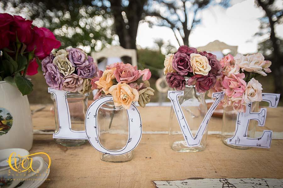 Ideas originales para la mesa de los novios for Decoracion bodas originales